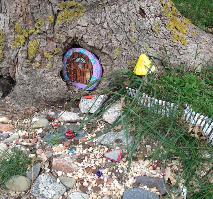 399 best garden gnomes fairy doors images on pinterest for Fairy front door
