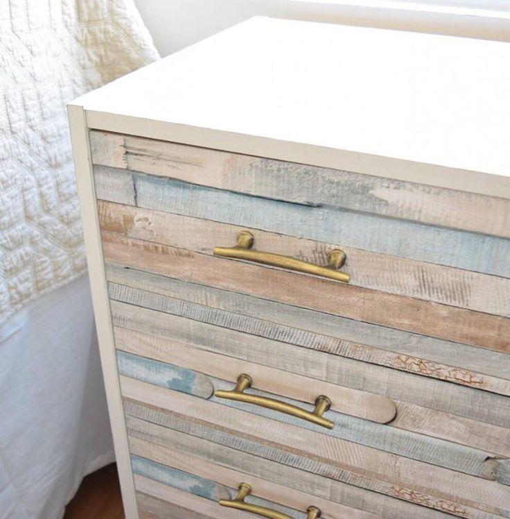 Autocolant decorativ Rio Ocean pentru mobila si decoratiuni in stil Shabby Chic. Comanda o gama variata de Autocolant decorativ pe AA-Design-Interior.ro.