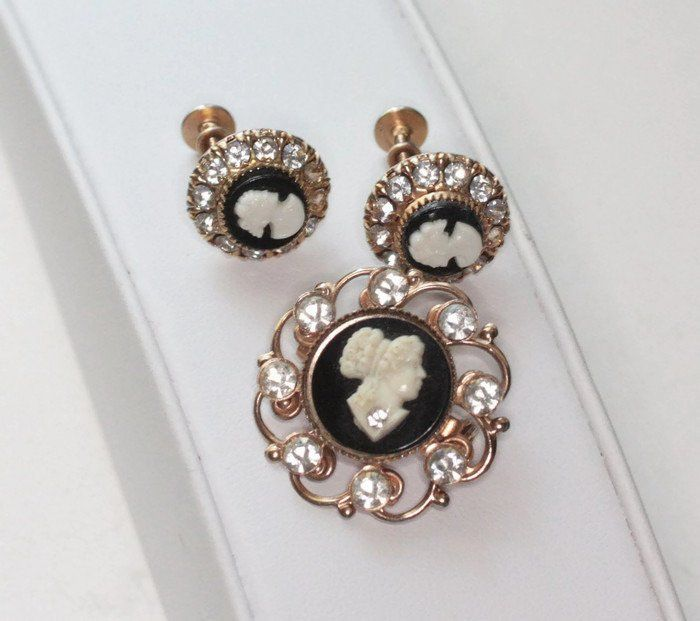 277052485 Black and White Cameo Pin and Earrings Rhinestones Vargas Screw Back  Earrings 1940s 1950s