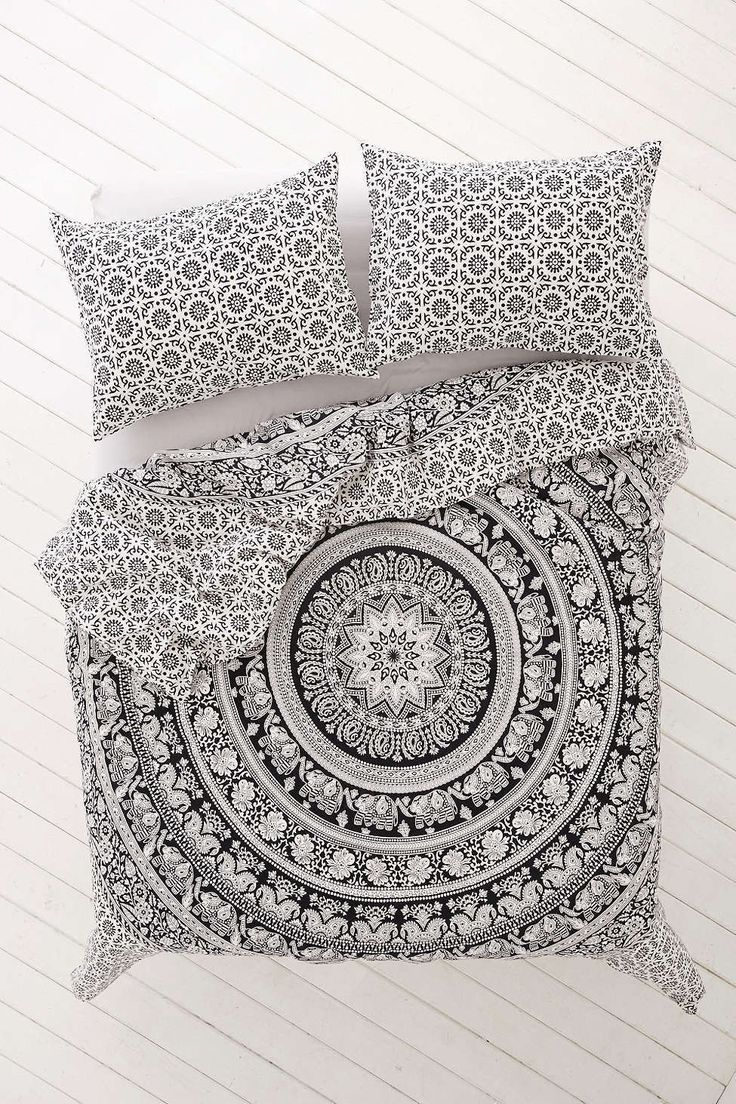 Black and White Bohemian Tapestry Elephant Mandala Indian Queen Size Duvet Bedding 3 Piece Set Mandala Boho Hippie Bedspread Tapestry and 2 Pillow Cases - Free Shipping