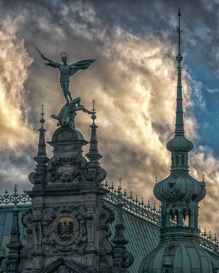 Hamburger Rathaus by Michael HH