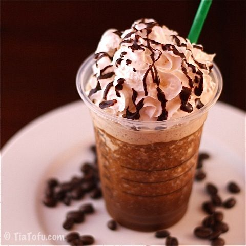 30 Calorie Venti Frap!!! 2 cups ice 1 1/2 cups So Delicious unsweetened Almond Plus 1 cup double-strength coffee (preferably chilled) 2 tbsp instant coffee 1/4 tsp NuNaturals NoCarbs Blend (you can use another sweetener, but that may add calories and sugar depending on what you use.) Soy Whip (optional) chocolate syrup (optional)