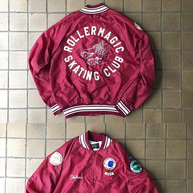 WEBSTA @ sunrays2010 - 9月25日、日曜日入荷アイテム🌲🌲……80'sSkating ClubNylon jacket 🌲🌲🌲………🌿🌿🌿…SUNRAYS は暫くの間神戸にて期間限定でお店させて頂きます…🌲🌲🌲住所神戸市中央区北長狭通5-5-15-102 OPEN 13-19時毎週金曜日定休日🌲🌲🌲……#sunrays#サンレイズ#antique #antiques #interior #industrial #vintage #vintageclothing #fashion #usedclothing #アンティーク#ビンテージ#家具#インテリア#ファッション#什器#古着#神戸#神戸アンティーク#神戸古着#skate#skatingclub#nylon#jacket#スケート#ナイロン#ジャケット