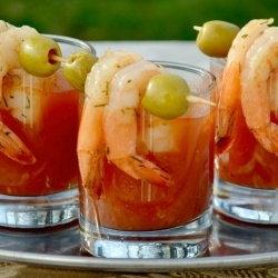 A Bloody Mary and shrimp all in one shot glass. Perfect for parties! Would work well with sydney rock oysters too!: Spicy Bloody, Shrimp Shots, Beverage, Mary Shrimp, Food, Appetizers, Bloodymarys