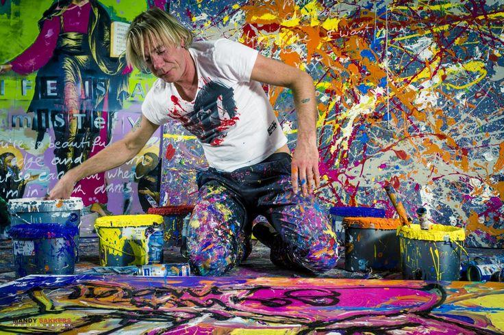Met spuitbussen, lakrollers en muziek op de achtergrond je eigen kunstwerk maken, hoe Rock 'n Roll is dat? Kunstenaar en performer van modern art Jack Liemburg geeft je in Apeldoorn tips en tricks. Natuurlijk neem je na afloop je eigen creatie mee naar huis.