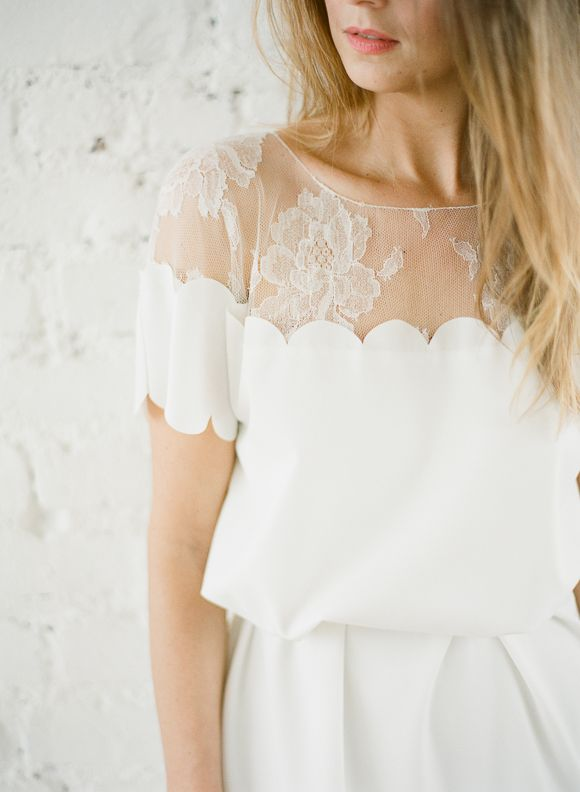 obsessed with this scalloped lace wedding dress