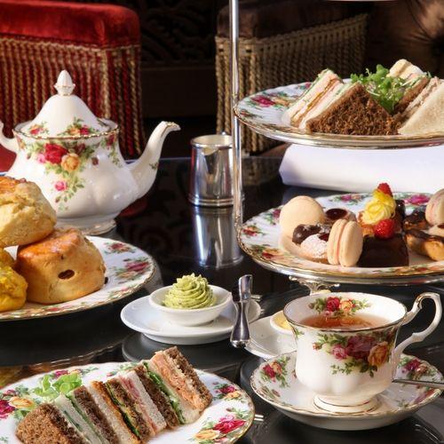 Royal High Tea in the QVB | Daily Addict. No recipes but good presentation idea for High Tea!
