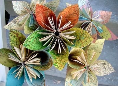 I love this idea for giving old unwanted books a new life! :-)