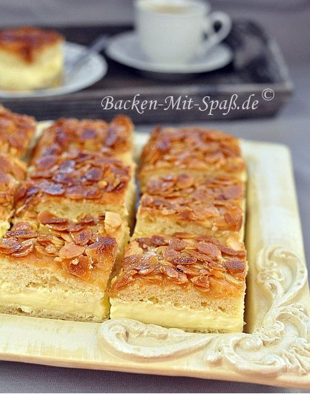 This is my absolute fav cakes growing up in Chicago... I must say though I will only have it with the custard filling instead of the cream filling......   Bee Sting cake