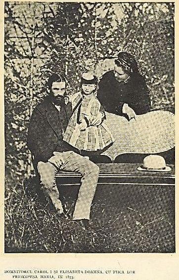 domnitorul-carol-i-si-elisabeta-doamna-cu-fetita-lor-principesa-maria-1873