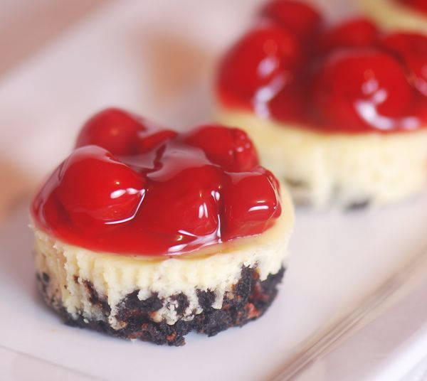 Mini Cherry Cheesecakes. (Weight watcher recipe)Cheesecake Bites ...