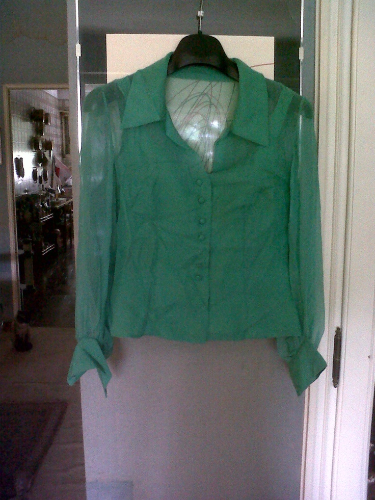Light green chiffon double blouse (under top in silk)  (not available)