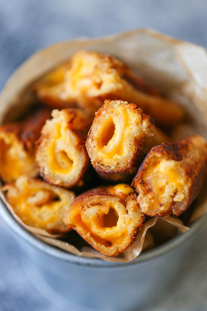 Grilled cheese roll ups are so much easier/tastier than traditional grilled cheese, and 3 ingredients is all you need!