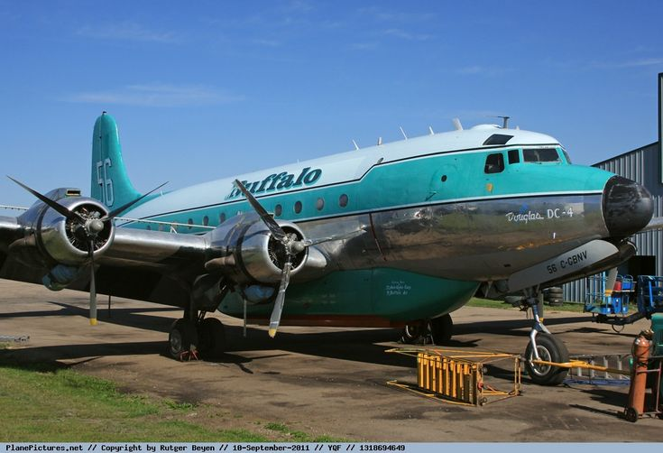Photo Buffalo Airways Douglas DC-4 Tanker C-GBNV