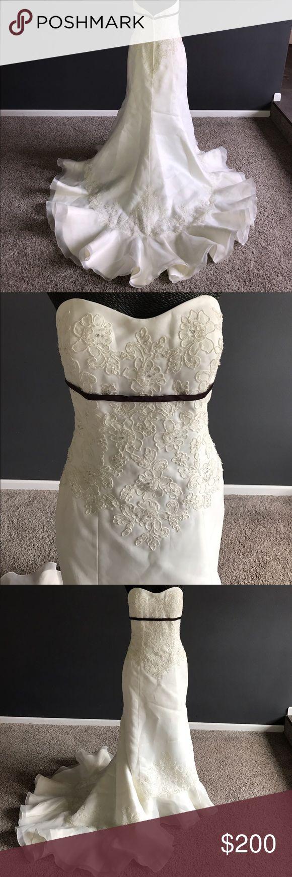Selling this Ivory trumpet/mermaid wedding gown on Poshmark! My username is: shawntell26. #shopmycloset #poshmark #fashion #shopping #style #forsale #Dresses & Skirts