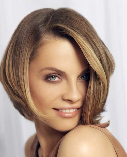 Color Experiments Hypnotic Short Hairstyles For Women With Square Faces Medium Hair Styles Square Face Hairstyles Trendy Short Hair Styles