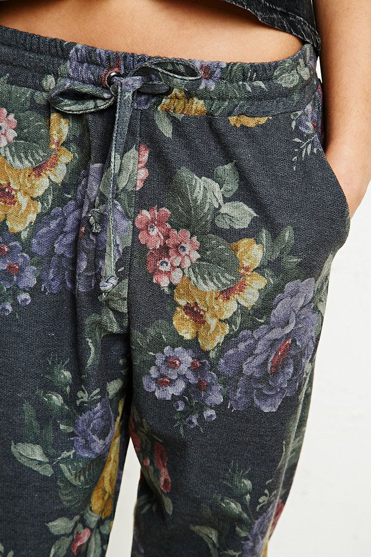 Pins & Needles Floral Sweat Pants in Grey - Urban Outfitters
