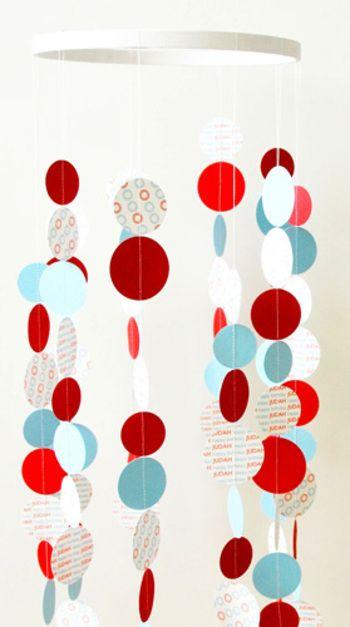 Para decorar tu fiesta móviles de papel