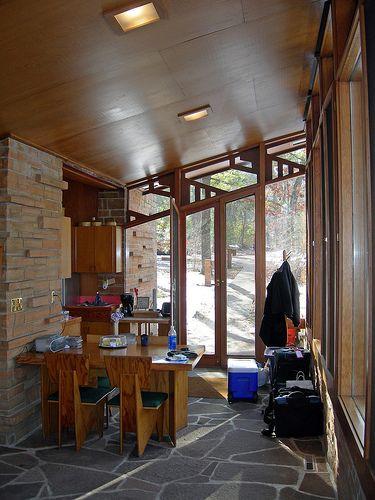 Seth Peterson Cottage, by Frank Lloyd Wright 20090313 057
