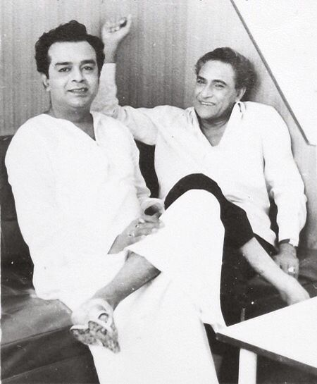 Ashok Kumar and Tarun Bose during break film Umeed