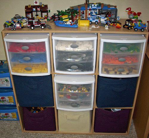 Way to Organize LEGOs via northerncheapskate.com