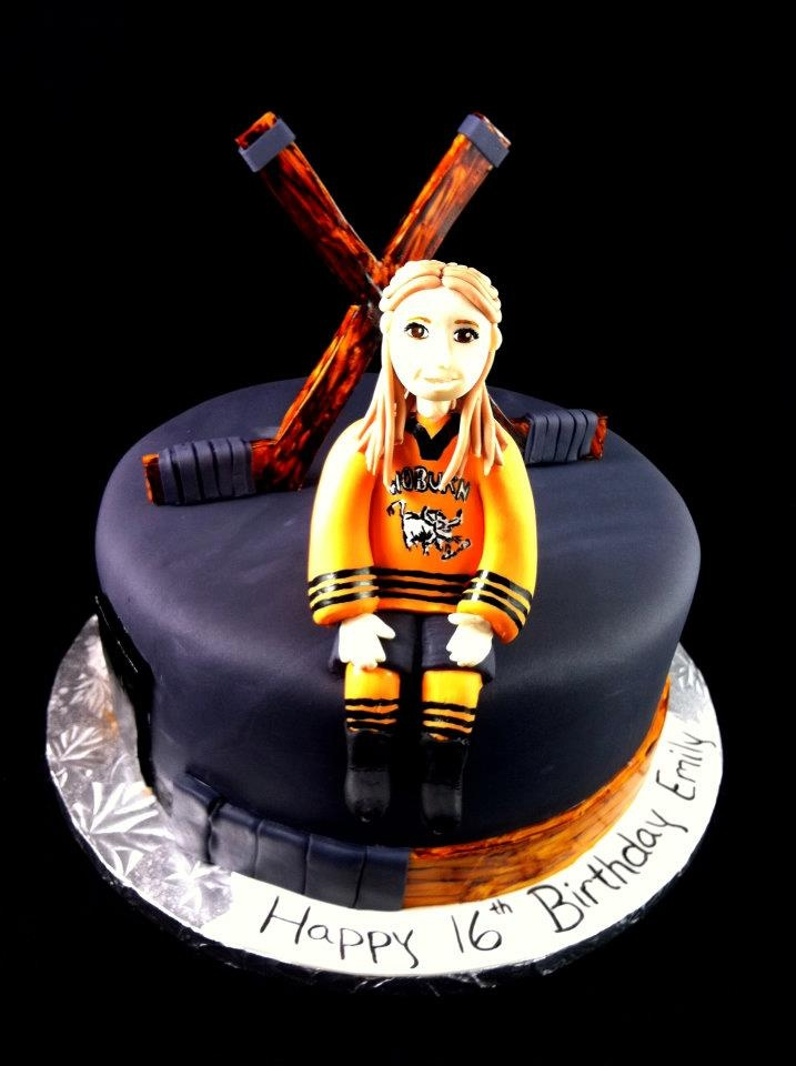 17 Best images about Hockey Cakes on Pinterest Ice hockey, Birthday cakes and Stanley cup cakes