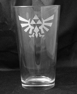 Zelda Triforce Etched Pint Glass