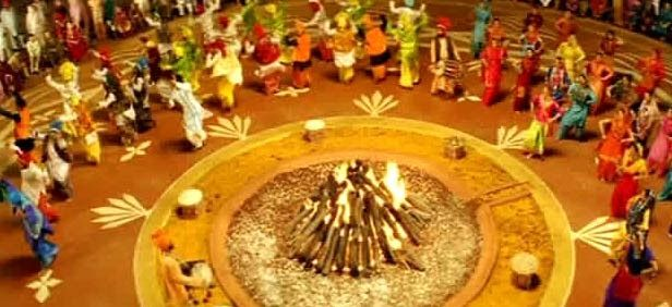Happy Lohri Date 2017 in India, one of the most important festive occasions in the Punjab/Sikh community falls in the winter season