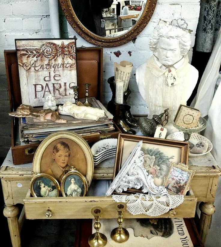 1000+ Ideas About Antique Booth Displays On Pinterest