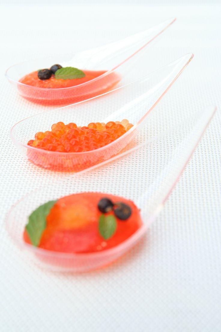 Cucina molecolare day 2: Raviolo liquido di Aperol e arancia