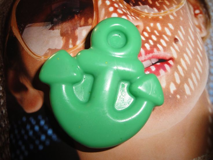 http://oh-my-soap.blogspot.com/ or https://www.facebook.com/Sapounodemiourgies or https://twitter.com/#!/oh_mysoap