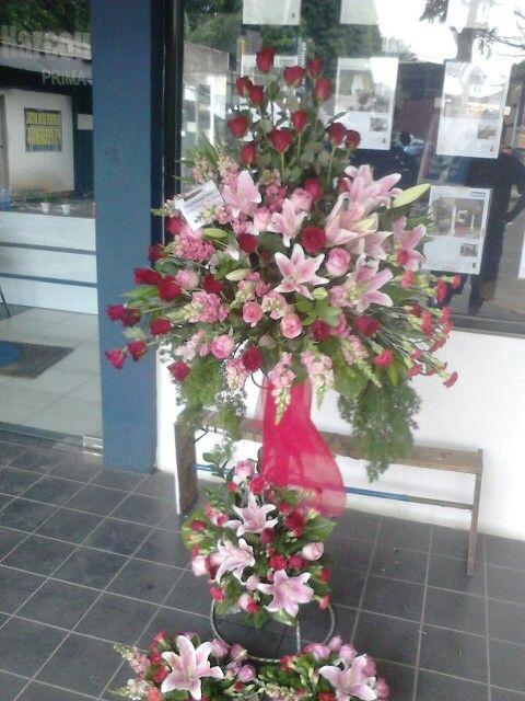 Toko bunga menjual bunga mawar batangan dan sedap malam order 085716660717