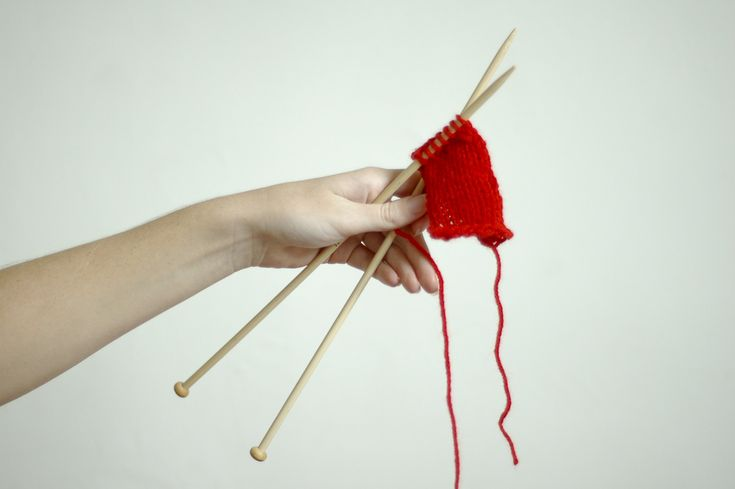 This is great! I taught myself to knit not knowing it was backwards. How to Knit Left Handed -- via wikiHow.com
