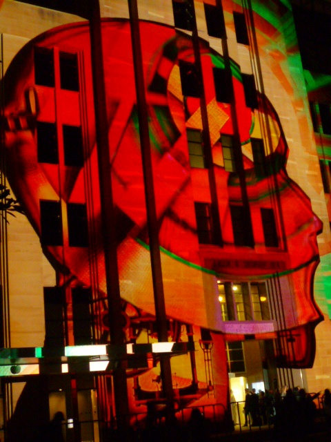 Losing his mind @ the MCA #Sydney #vividsydney #Australia #travel Art escapes from the Museum http://ow.ly/VYex