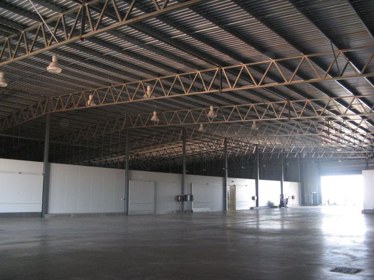 Structural steel cool stores for the fruit and vegetable industries.