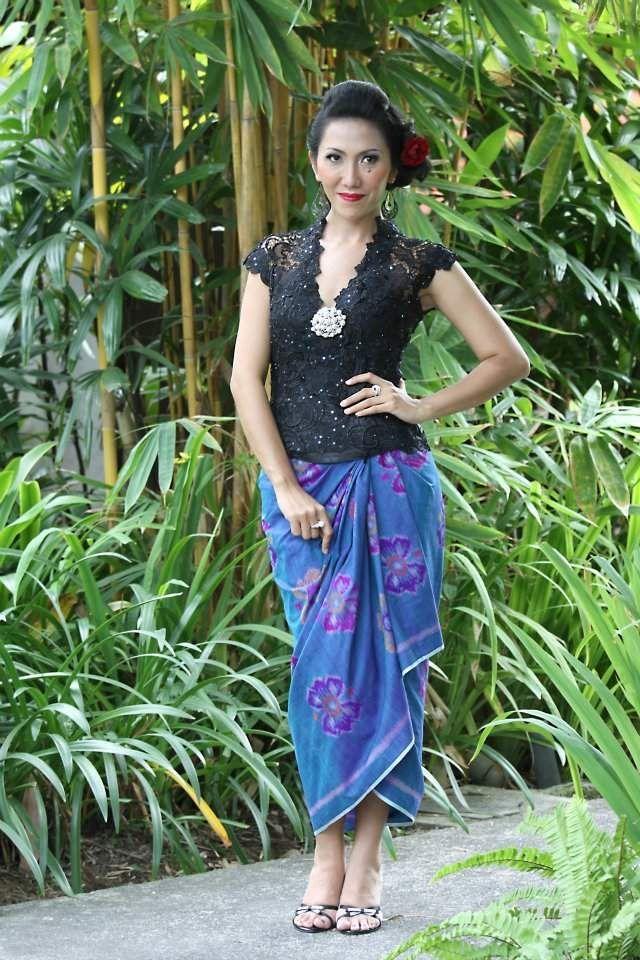 Model+Kebaya+Bali+Lengan+Pendek+Hitam.jpg (640×960)