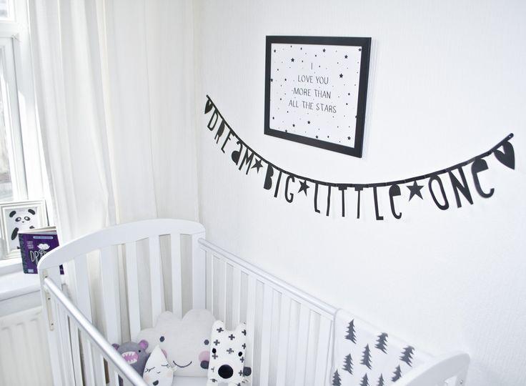 ber ideen zu fahne girlande auf pinterest fahnent cher wachstuch und wimpel fahnen. Black Bedroom Furniture Sets. Home Design Ideas