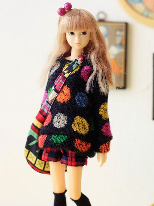 What cool dolls clothes! (Pop candy set for Momoko by sukra)