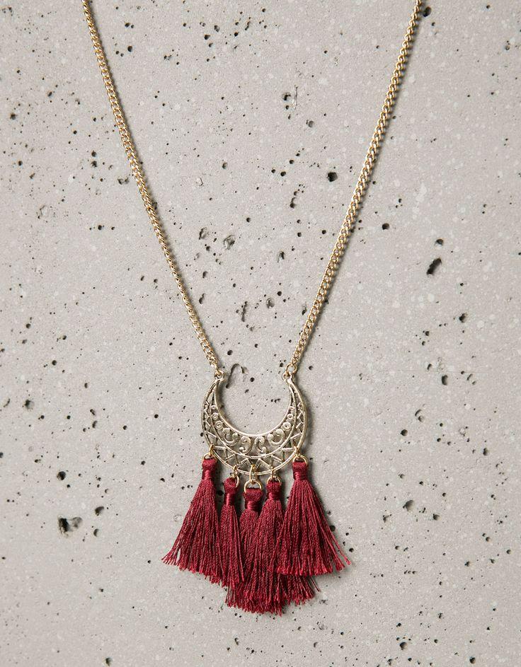 Collar largo placa y pompones - Collares - Bershka España