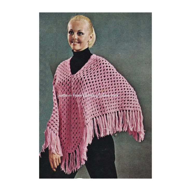 WZ899 easy crocheted poncho pattern with chunky fringe.