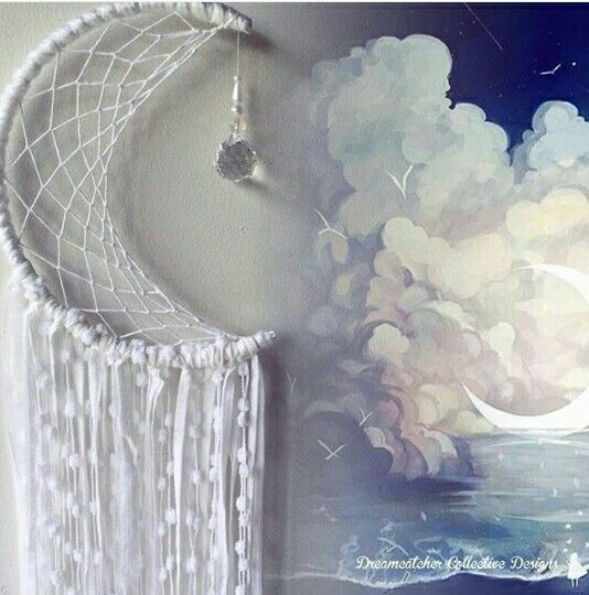 Dream catcher dreamcatcher moon half white without Feathers