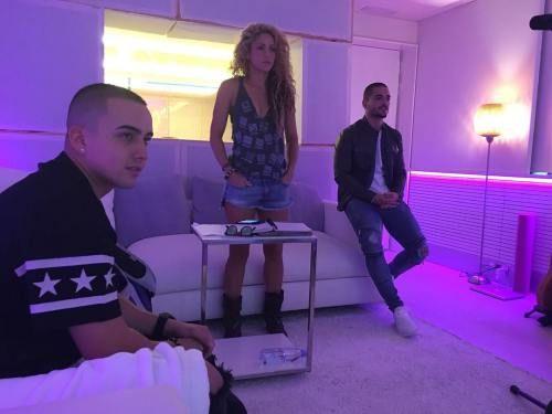 Após rumores de gravação de clipe, Maluma compartilha foto com Shakira