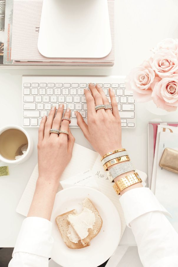 Glam work desk. white, pink, roses, gold jewelry: