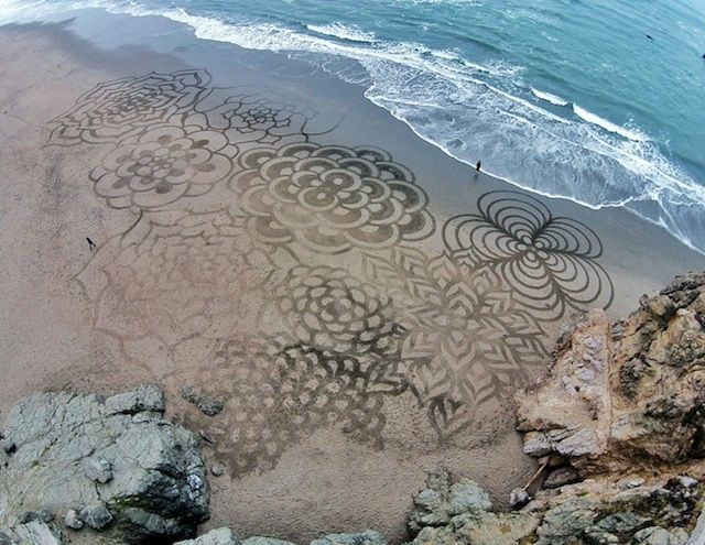 Sand Paintings by Andres Amador 5