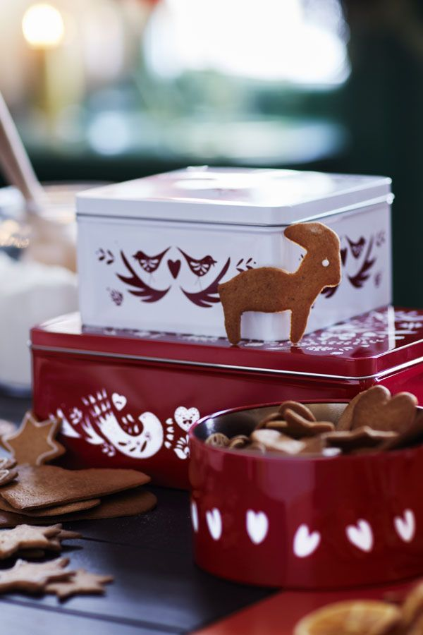 Find IKEA ideas to turn your delicious holiday cookies into gifts in Your 2016 Holiday Celebrating Guide.
