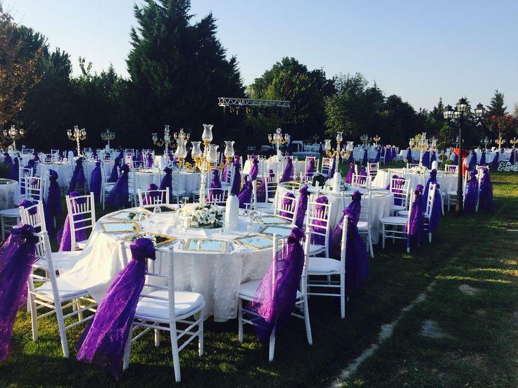 Kır düğünü daveti organizasyonları için ekipman kiralama ve süsleme malzemeleri kiralama, kurulum, organizasyon hizmeti. Sandalye kiralama, masa kiralama, şamdan kiralama, supla kiralama, ses ve ışık sistemi kiralama. #düğünekipmankiralama #sandalyekiralama #düğünsüsleme #tiffanysandalyekiralama