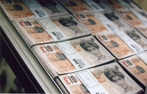 Banksy Money: Internet Marketing, Street Art, Money, Collection Streetart, Banksy Currency, Marketing Plan, Banksy Street, Beautiful Art, Heart Director