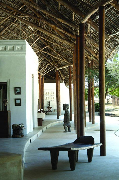 BriefThe client, Fernando Torres, wanted a private residence that shared a connection with Lamu but was secluded from the main town itself. He had a passion for architecture and at the same time liked to be in contact with nature. Combining these...