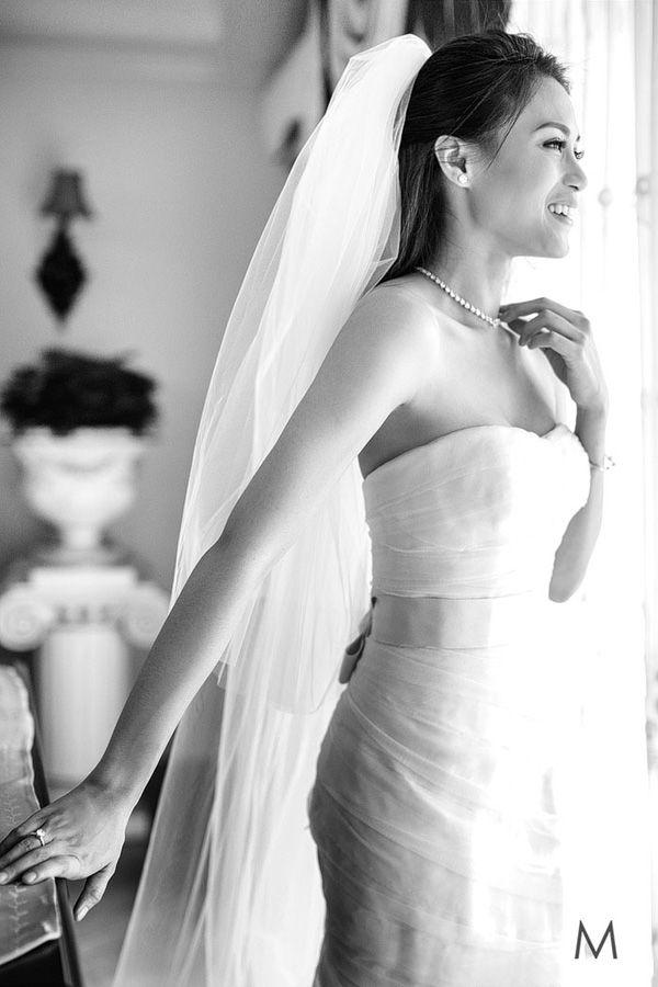 Toni Gonzaga in Vera Wang   http://brideandbreakfast.ph/2015/06/16/toni-gonzaga-paul-soriano-wedding-photos-preps/   Photography: Metrophoto