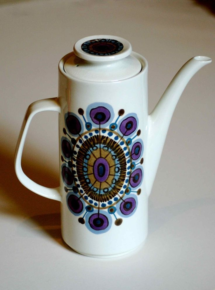 J & G Meakin 1960s Rondo design coffee pot. Cool psychedelic design in blues and purples. Dating from 1964.